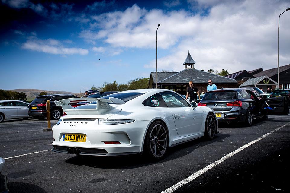 White Porsche 911 GT3, Scotland NC500