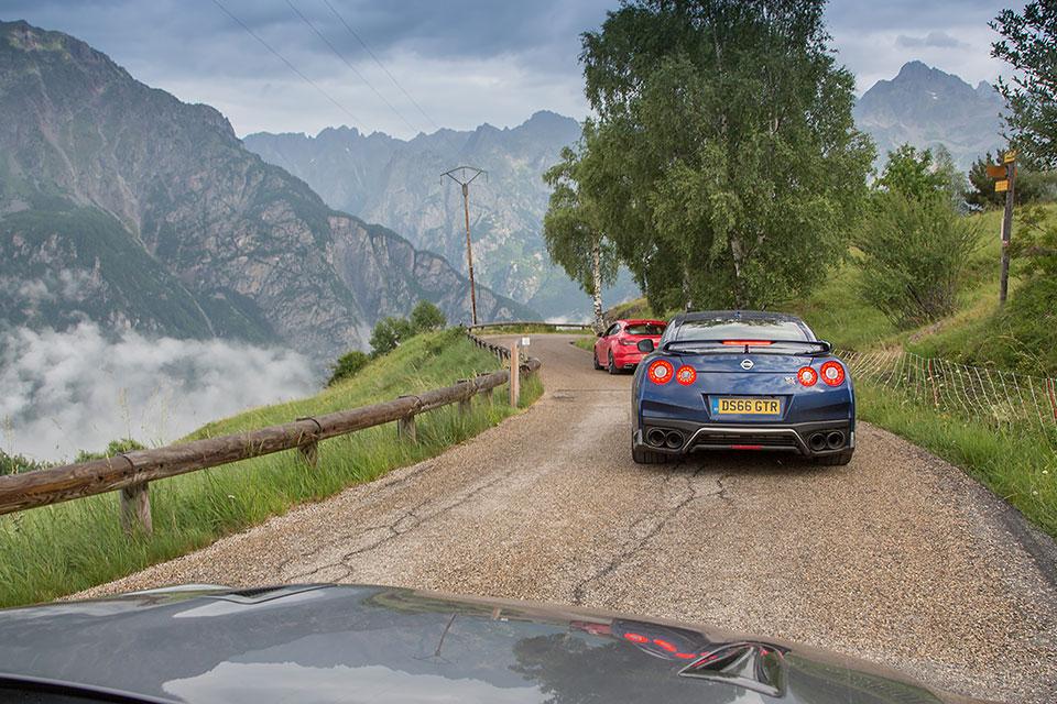 Blue Nissan GTR in Alpe d'Huez