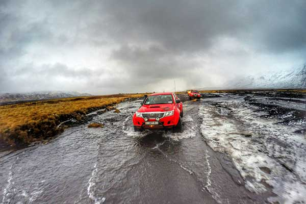 Truck Driving Experience and Winter Holiday in Iceland